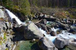 Veľký vodopád je turisticky přístupný vodopád ve Studené dolině. Veľký vodopád je jedním ze skupiny vodopádů Studeného potoka.
