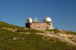 Observatoř nad Skalnatým Plesem je astronomická a meteorologická observatoř poblíž Skalnatého plesa.